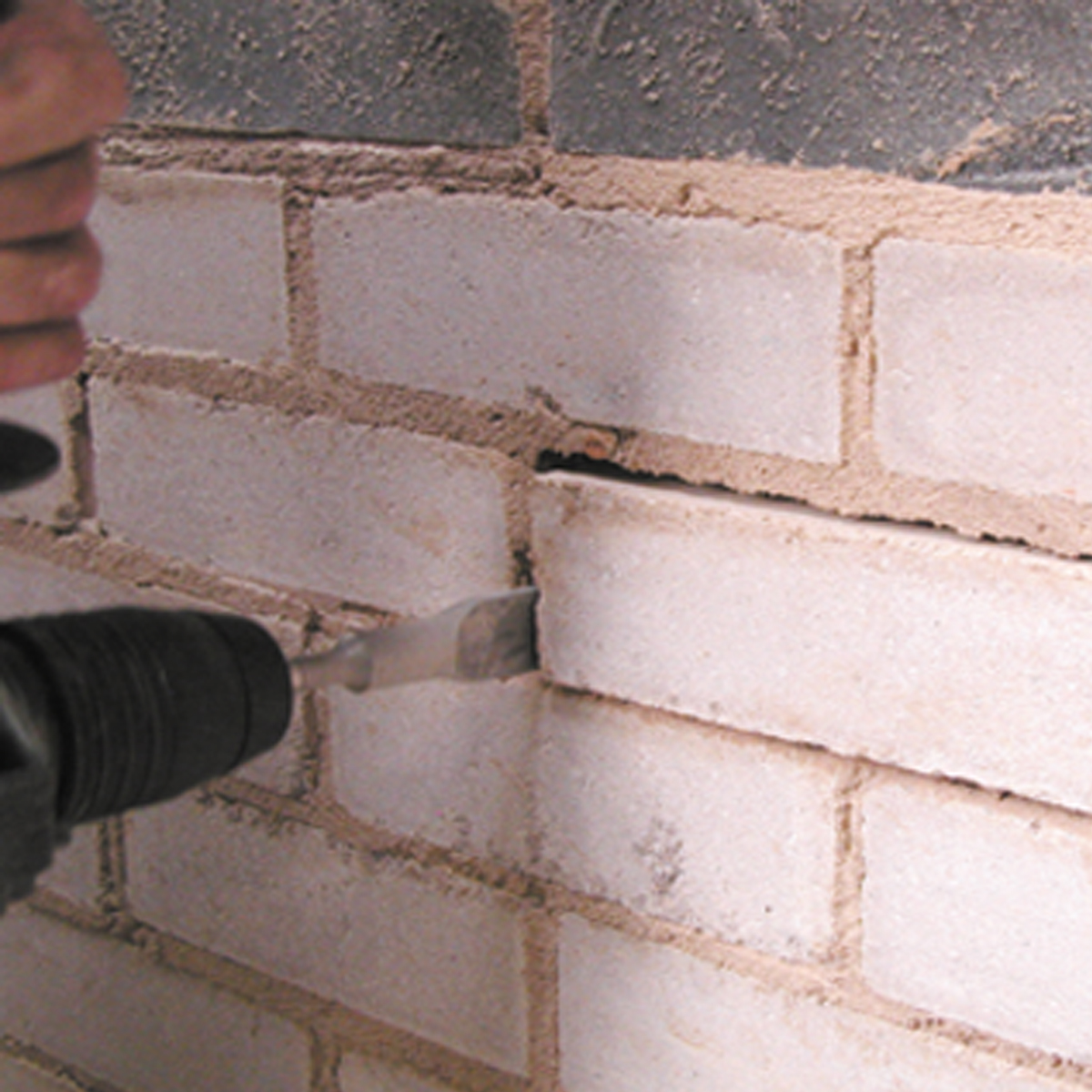 Brick Removing Chisel - Carbide Tipped